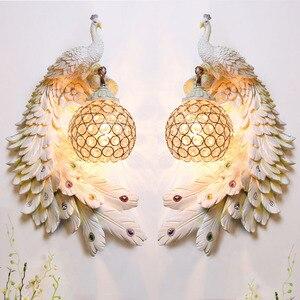 Image 5 - Modern Twins Tavuskuşu Duvar Lambası Yaratıcı Renkli Altın Beyaz Tavuskuşu Işık LED Kristal Metal Duvar Lambası Yemek Odası Koridor