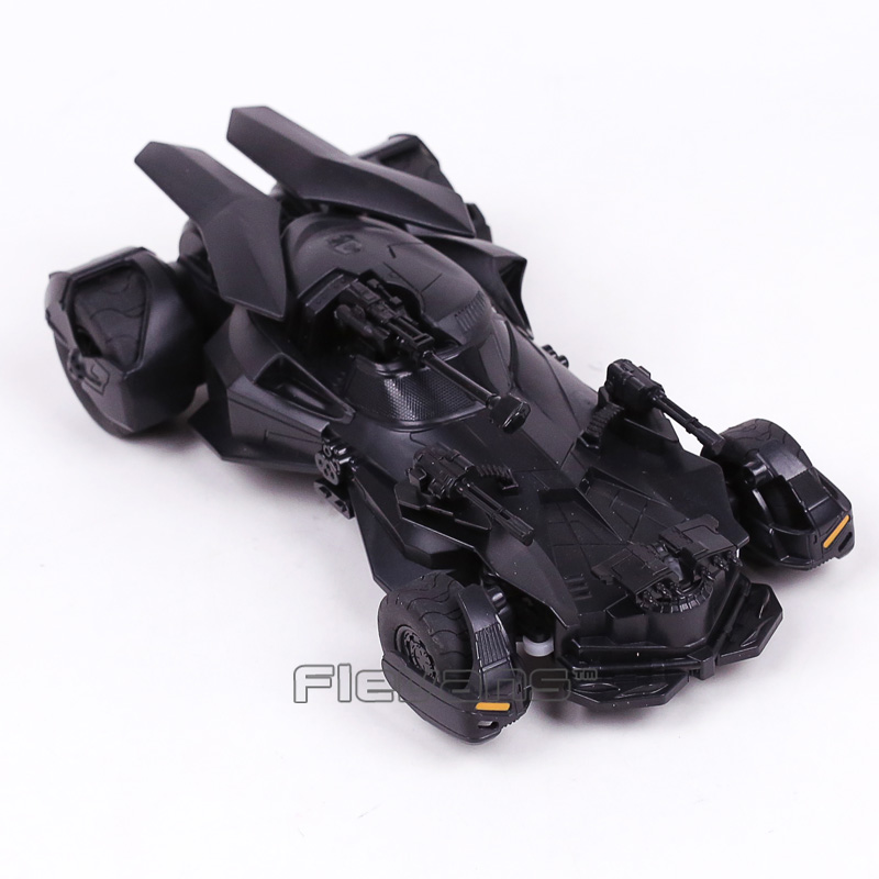 DC COMICS Justice League Batman 1:18 RC Batmobile PVC Action Figure Collectible Model Toy Gift with Retail Box