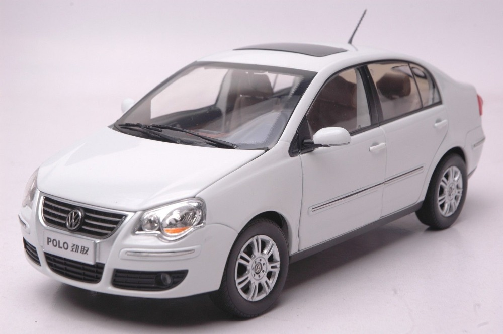 1:18 Diecast Model for Volkswagen VW Polo Jingqu White ...