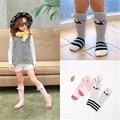 2016 1-6 anos de idade venda quente bonito do bebê meninas perna meias crianças aquecedores joelho meias de algodão padrão de coelho crianças longa meias