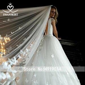Image 4 - Swanskirt атласное свадебное платье с v образным вырезом 2020 Аппликации бальное платье бабочка свадебное платье Часовня Поезд размера плюс Vestido de novia HZ10