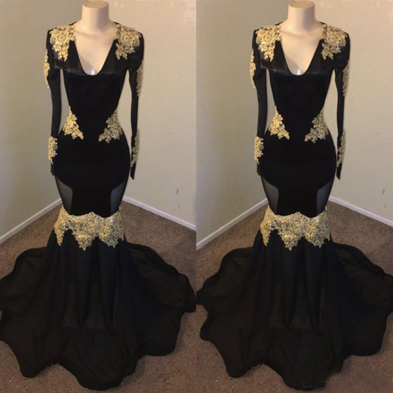 Vintage Black With Gold Applique Long Sleeve Prom Dresses Mermaid Deep V Neck Illusion Style Ruched Tulle Long Evening Gowns