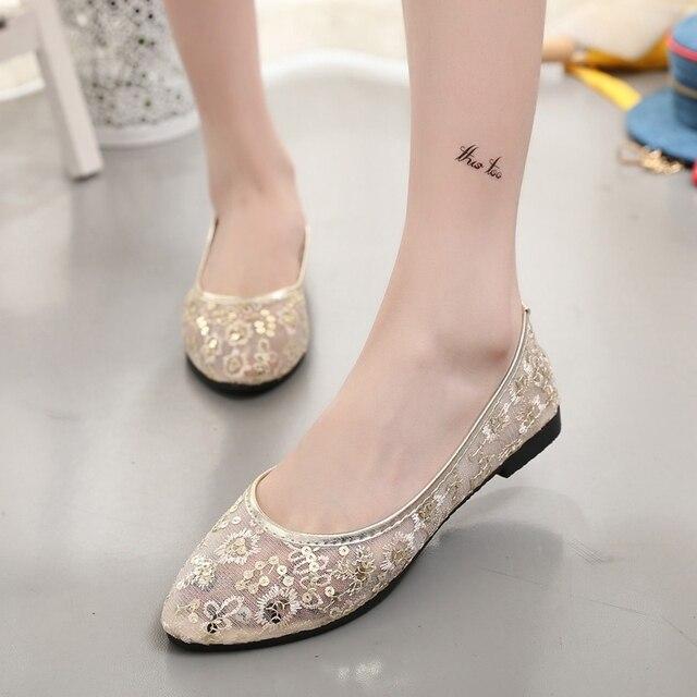 Лучшие Продажи Zapatos Mujer 2016 Новый Кружева Печати Цветы Сетки Воздуха дышащая Круглым Носком Плюс размер 40 Одиноких Женщин Обувь Квартиры