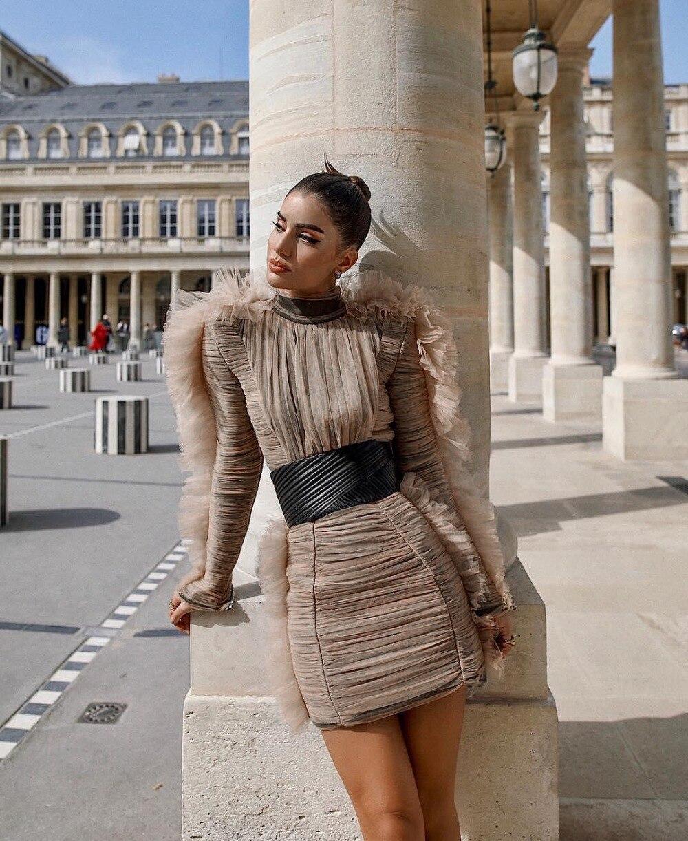 Khaki Farbe Nach Maß Material Lange Hülse Chiffon Bodycon Mini Kleid Mit Gürtel Fashion Runway Modell Abend Party Kleid