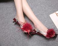 2019 new female summer profile with personalized feathers decorated fur female sandals