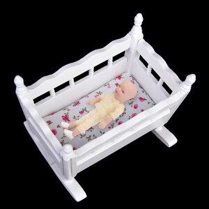 Унисекс 1/12 кукольный домик Миниатюрный белый деревянный Колыбель для детской кроватки 112 кукольный домик мебель Украшение Аксессуары для ...