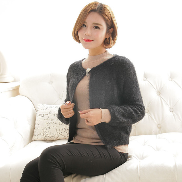 2016 New Arrival Women Spring Sweater Shrugs Solid Black Full Sleeve Button Fashion Female Hand Knitted Shrugs