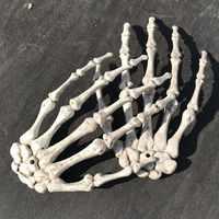 1 paar Halloween Dekoration Realistische Leben Größe Skeleton Hände Kunststoff Gefälschte Menschlichen Hand Knochen Zombie Party Terror Scary Requisiten