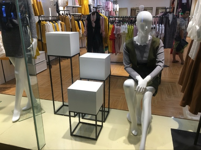 Clothing Store Decoration Stands Shop Window Display Shelf Platform Small Standing Table