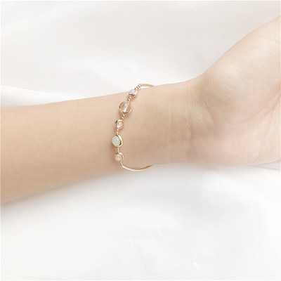 2019 New Natural Stone Strawberry Crystal Bracelet Elastic Line Temperament2019 New Natural Stone Strawberry Crystal Bracelet Elastic Line Temperament