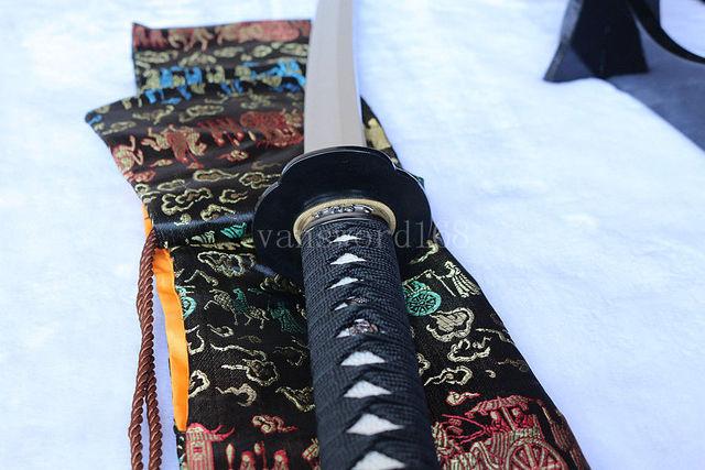 Katana samouraï japonais trempé | Forgé à la main en argile t10 véritable épée de vrai KISSAKI