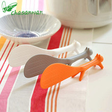 1 Pcs Kitchen Accessories Lovely Modeling Plastic Handle Squirrel Rice Spoon Can Be Vertical Non-stick Rice Spoon for Kitchen