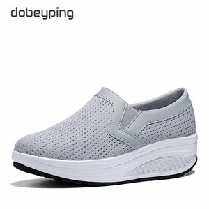 Image 2 - สตรี Swing รองเท้า Air Mesh ผู้หญิง Loafers แบนแพลทฟอร์มรองเท้าผู้หญิง Casual Wedges สุภาพสตรีรองเท้าความสูงเพิ่มรองเท้า