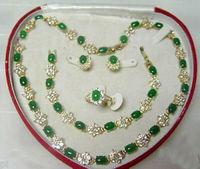 fine quality jewelry wholesale good Beautiful Popular jewelry Green gem stone Necklace Bracelet Ring Earring SetAA13 5.23