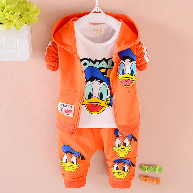 2016 Donald Duck Baby clothing boys and girls Set sport Suit 3Pcs coat +T-Shirt+Pants baby spring autumn Sets baby clothing