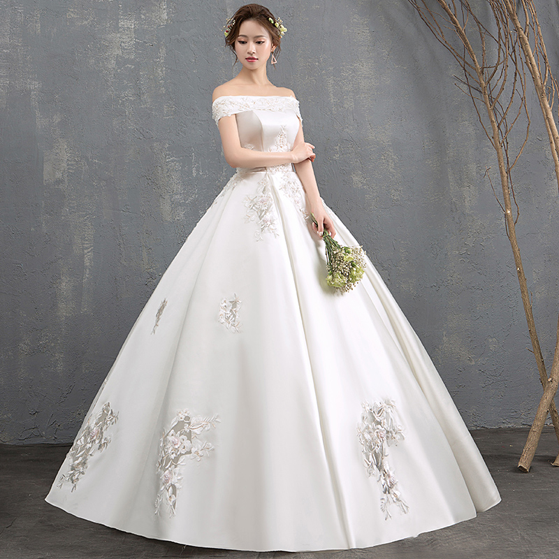 New Arrival White Ivory Wedding Dresses Half Sleeves Applique A line Wedding Gowns Floor Length Bridal