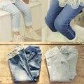 Новый малышей девушки леггинсы хлопок джинсы кружева манжеты брюки эластичный пояс девушки брюки теплые Джинсы зима весна дети Брюки