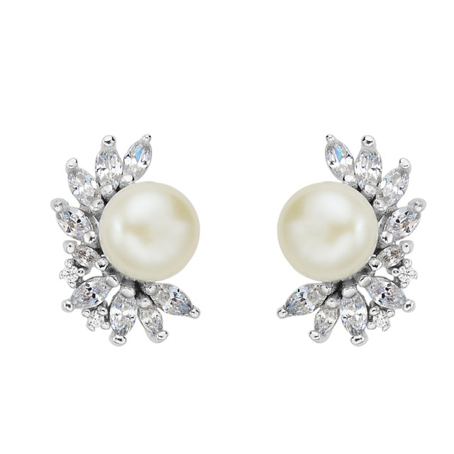 BELLA 925 Sterling Silver Cubic Zircon Bridal Earrings Ivory Pearl Pierced Stud Earrings Women Wedding Accessory Party Jewelry