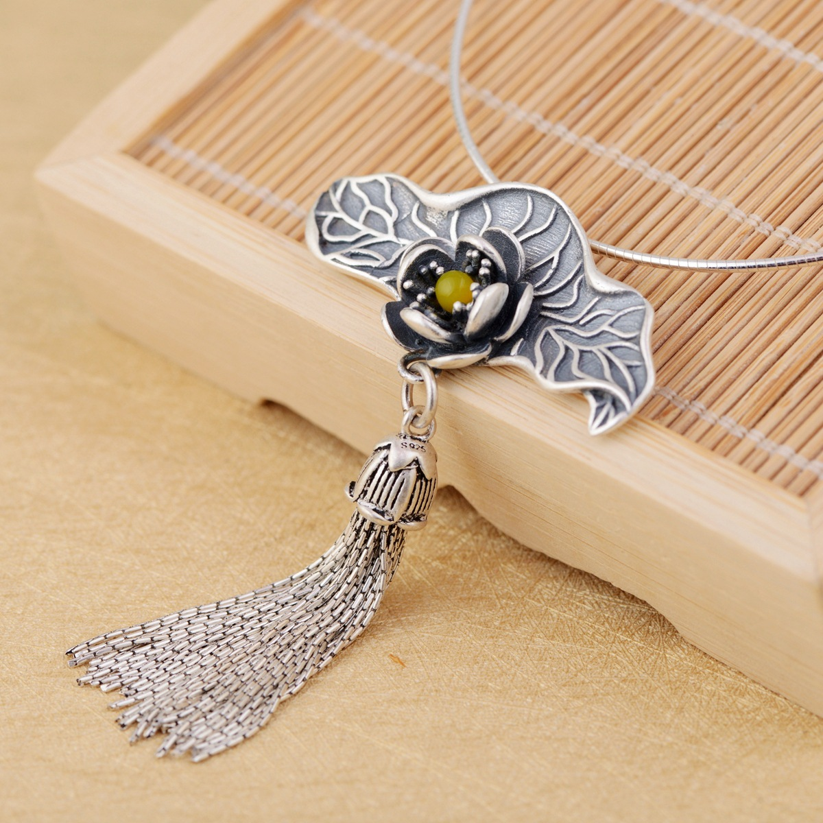 New fashion wholesale jewelry line 990 silver tassel pendant Archaize process Set new topaz pulpNew fashion wholesale jewelry line 990 silver tassel pendant Archaize process Set new topaz pulp