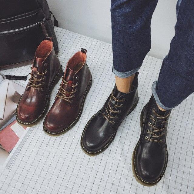 7a147ded0 Estilo New England Botas Martin Rendas Até Os Homens de Couro Do Vintage  Sapatos Martin Motocicleta
