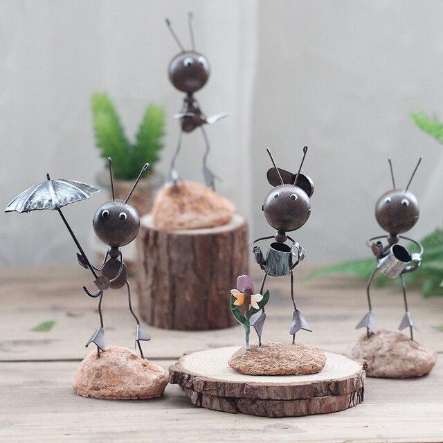 Mooie kleine ornamenten Woninginrichting ijzer mieren woonkamer TV ...