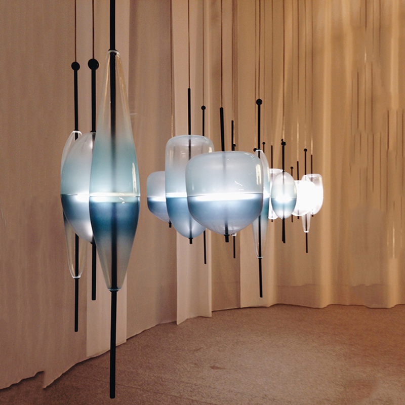Post modern glass bottle pendant light flow glass suspension  gradient color coffe bar  lighting