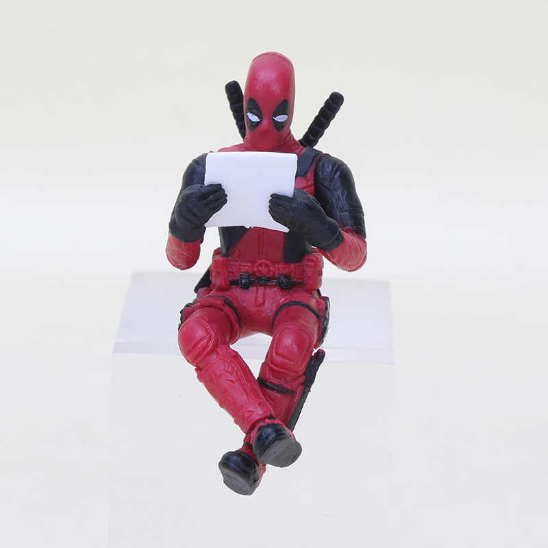 2 estilos 7 cm Deadpool Wade Wilson visão Q PVC Action Figure Toy livro Copo caneca Decoração mini brinquedos sit mentira