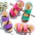 2016 novas meninas e meninos de proteção ambiental PVC macio sapatos de praia sandálias sapatos