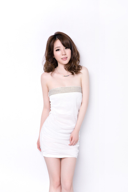 c5dbbeaa356c Europe And America Nightclubs Sexy Women Gauze Wrinkle Flat Chest Wrapped  Dress Fashion Backless Party Dress