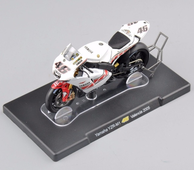 White 1/18 Scale Motorcycle Model Toys Rossi Series Yamaha YZR-M1 #46 Valencia 2005 Racing Motorbike   Model Gifts Collections