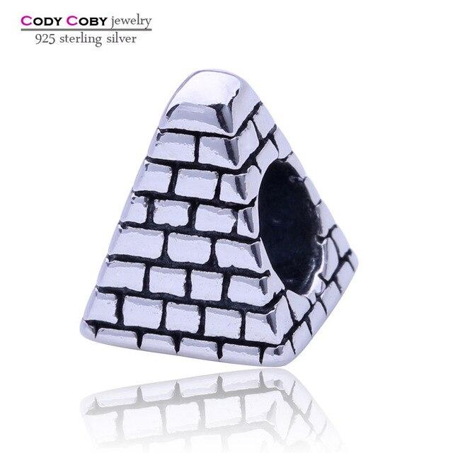 pandora charm piramide