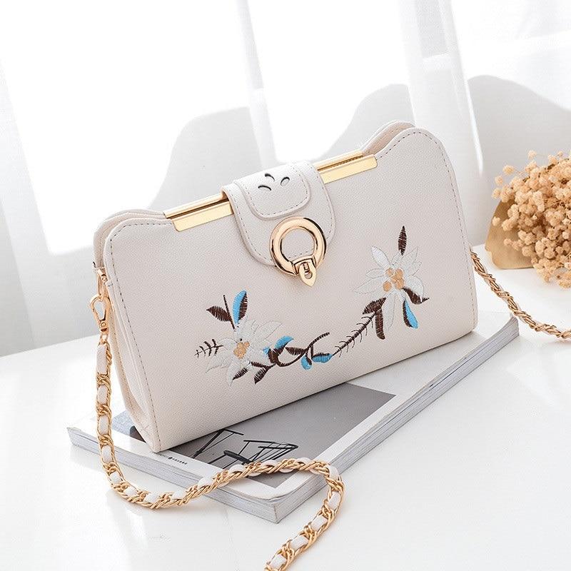 e07d782535 Women s Bag Female Flower Embroidery Handbag for 2018 New Luxury Shoulder  Bag Design Women Messenger Bag