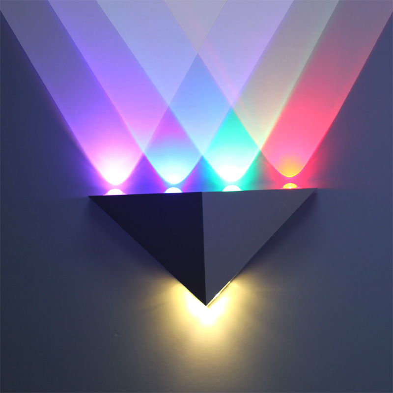 ФОТО Modern Triangle Aluminum 5W 5LED Wall Light AC220V Red/Green/Blue/White/Warm White Wall Lamp Colorful KTV Bar Decoration Light