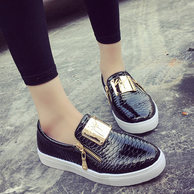 2016 New Fashion Sequined Women Flats Round Toe Platform Loafers Zipper Lazy Women Casual Shoes Big Size 36-40 ST204