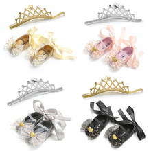2Pcs Princess Shoes For Girls Gifts Fashion Newborn Baby Girl Bow Knot Heart Lace Up Crib Anti-slip Shoes+Crown Headband 0-18M