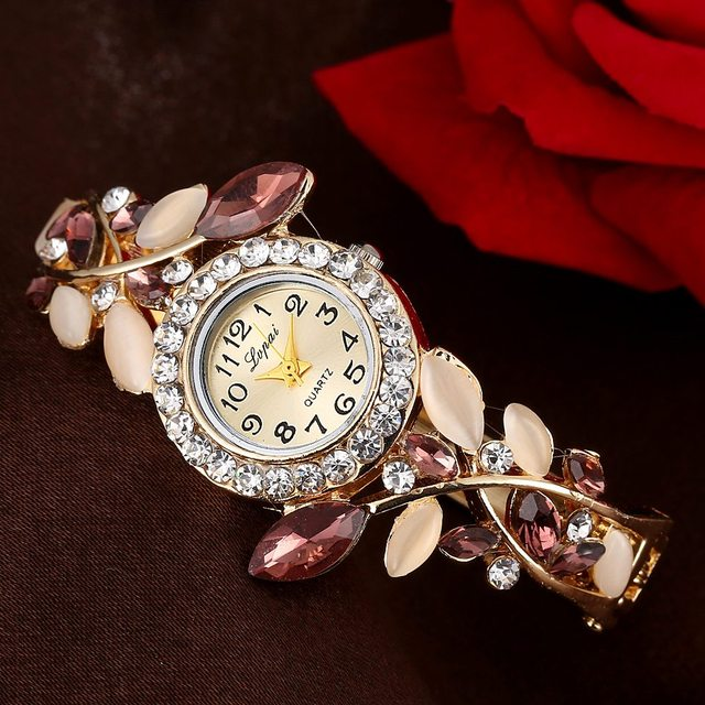 2018 New Fashion Vintage Women Dress Watches Colorful Crystal Women Bracelet Wat