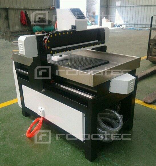 Machine de routeur de CNC de coupe en métal, routeur de CNC pour la gravure en métal, 6090 mini routeur de CNC en métal - 6