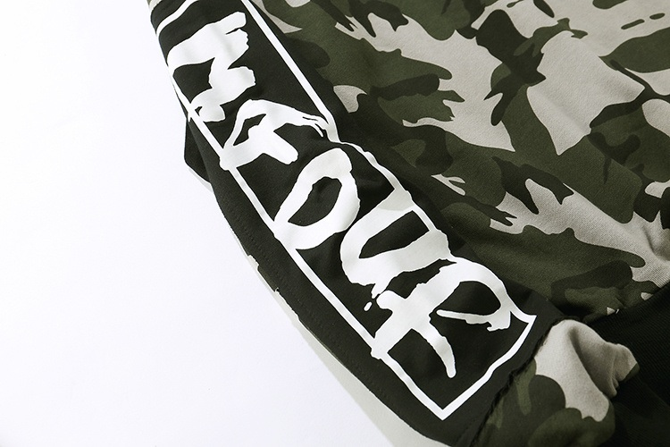 Camouflage Patch Hoodies 13
