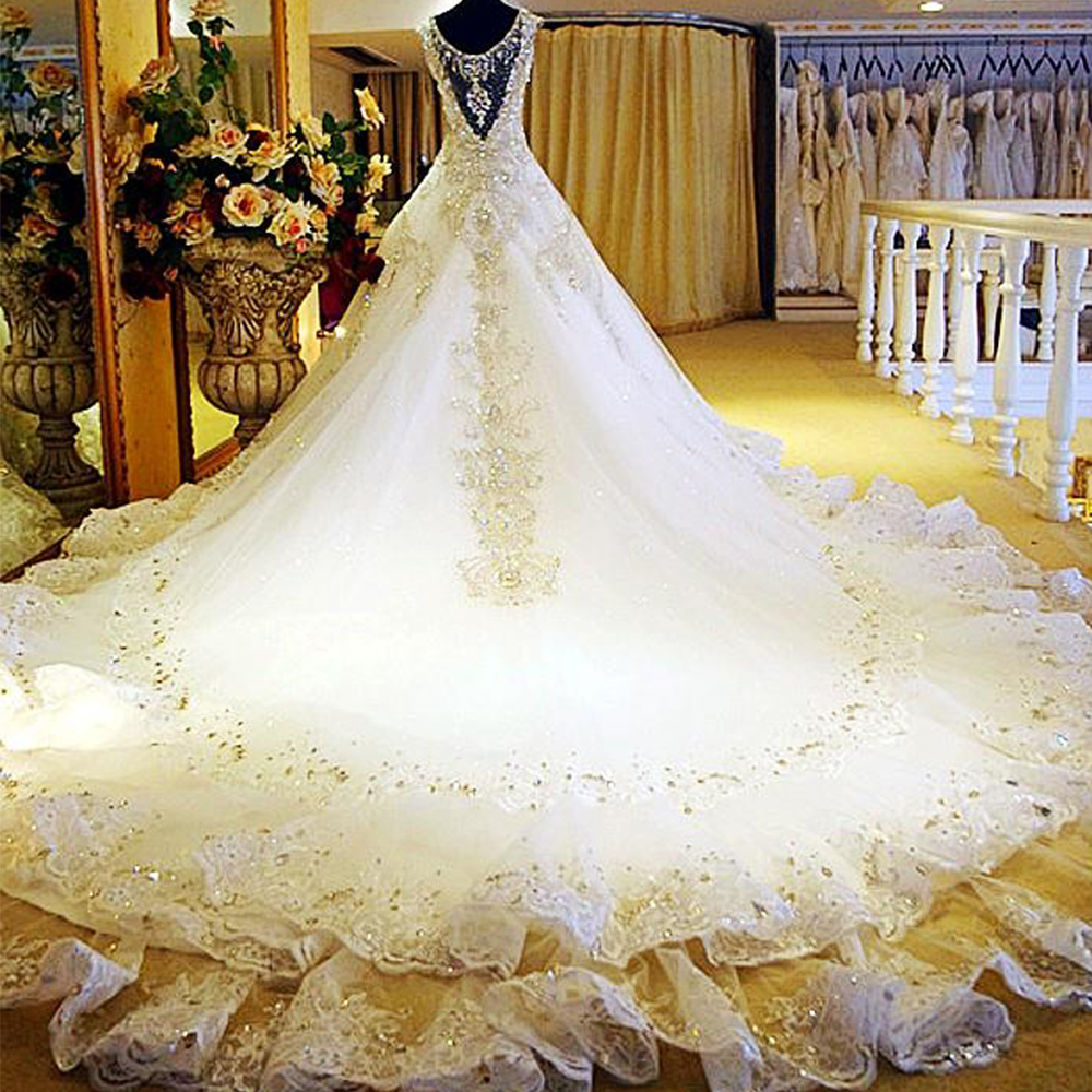 Luxury Wedding Dress 2017 Rhinestones Crystal Lace Bridal Dresses Princess Royal Train Wedding Gowns Custom Vestido De Casamento