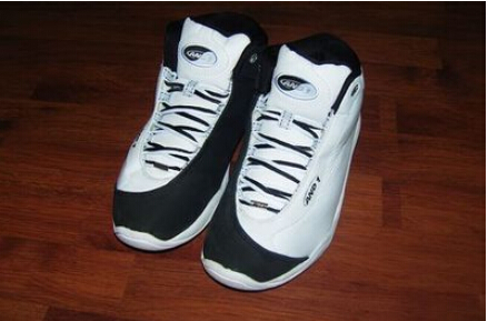 Free shipping 100% authentic and1 tai chi mid black and
