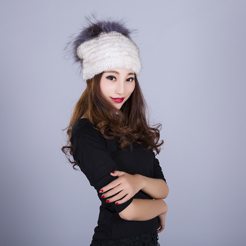 2017 New Hot sale women natural mink fur Hat Silver fox quality with pom winter warm woman mink fashion hat cx c 128c hot sale fashion women mink fur wholesale woman mink fur women hat drop shipping