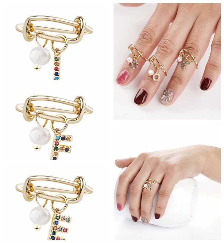 Золото Для женщин палец персонализированные имя кольцо Пользовательские Письмо 26 Алфавит Первоначальный Циркон подвесками из искусственных жемчужин, открытые, кольца на палец для женщин