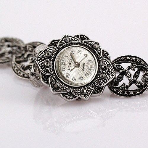 Vintage Sunflower Design Retro Steel Bracelet Watch Women Fashion Quartz-watch Lady Girl Relogio Femilino Sport Quartz Watch