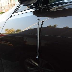 Image 2 - FOSHIO Karbon Fiber Vinil Oto Araba Kenar Wrap Manyetik Silecek Araba Sarma Kazıyıcı şerit etiket Duvar Kağıdı Kurulum Aracı