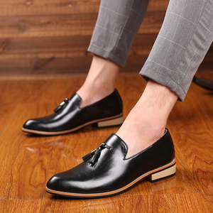 Image 4 - Mężczyźni ubierają buty panowie brytyjski styl Paty skórzane buty ślubne płaskie buty męskie skórzane oksfordzie formalne buty