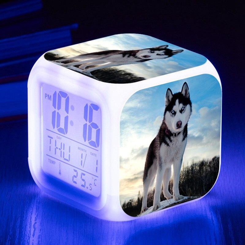 Симпатичные часы в виде собаки светодиодный 7 цветов флэш-цифровой сигнализации часы-будильник часы saat wekker reveil Световой Цвет Часы с подсветкой игрушки