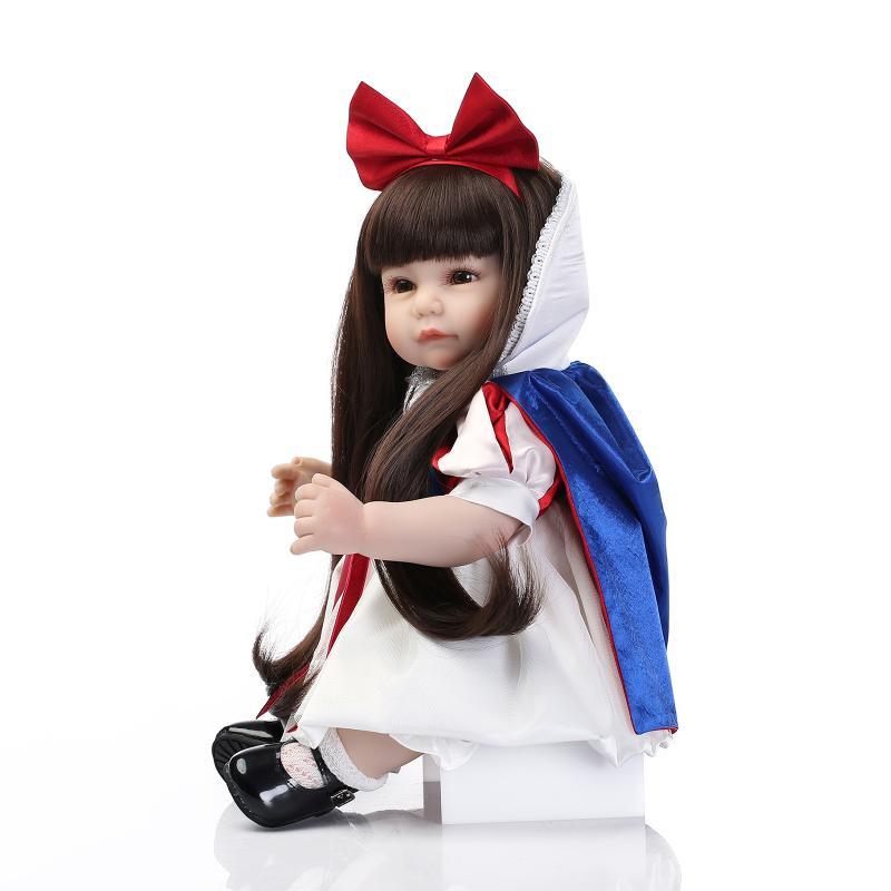 bb6e984dc24ac 52 cm Long Brun Cheveux Bébé Reborn Bébé Fille Debout Poupée de Neige Blanc  Princesse Habillé Fille Poupée pour les Filles D anniversaire cadeaux de  noël ...