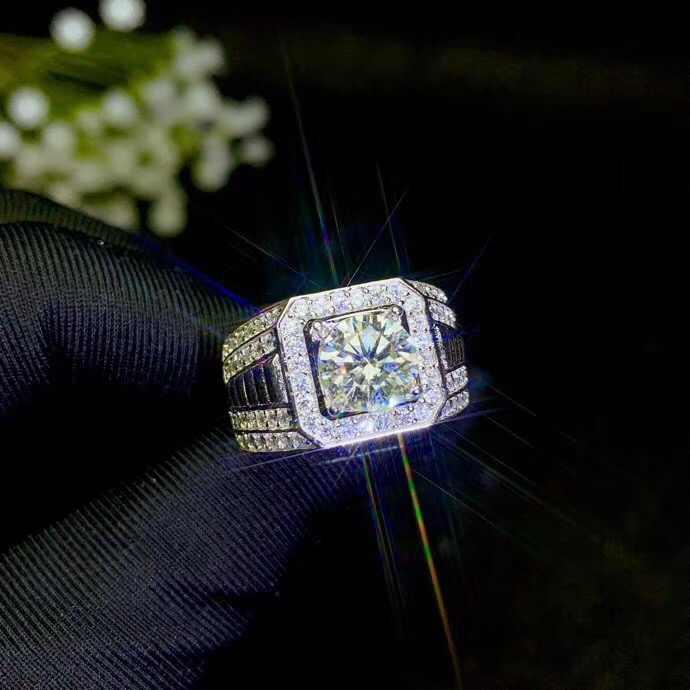 Moissanite แหวนผู้ชาย, ตอนนี้ยอดนิยมอัญมณี, สูงความแข็งเทียบเท่าเพชร 925 เงิน