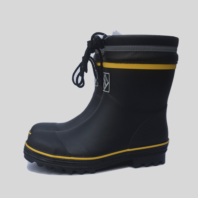 2019 New Safety Rain Boots Male Stab-resistant Anti-smash Steel Toe Cap Steel Bottom Rubber Rain Boots In The Tube Fishing Shoes