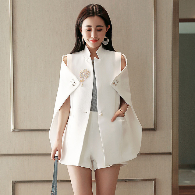 2018 Spring Runway Fashion Women Black White Cape Blazer Lady Sexy Beadinged Diamond Ruched Coats